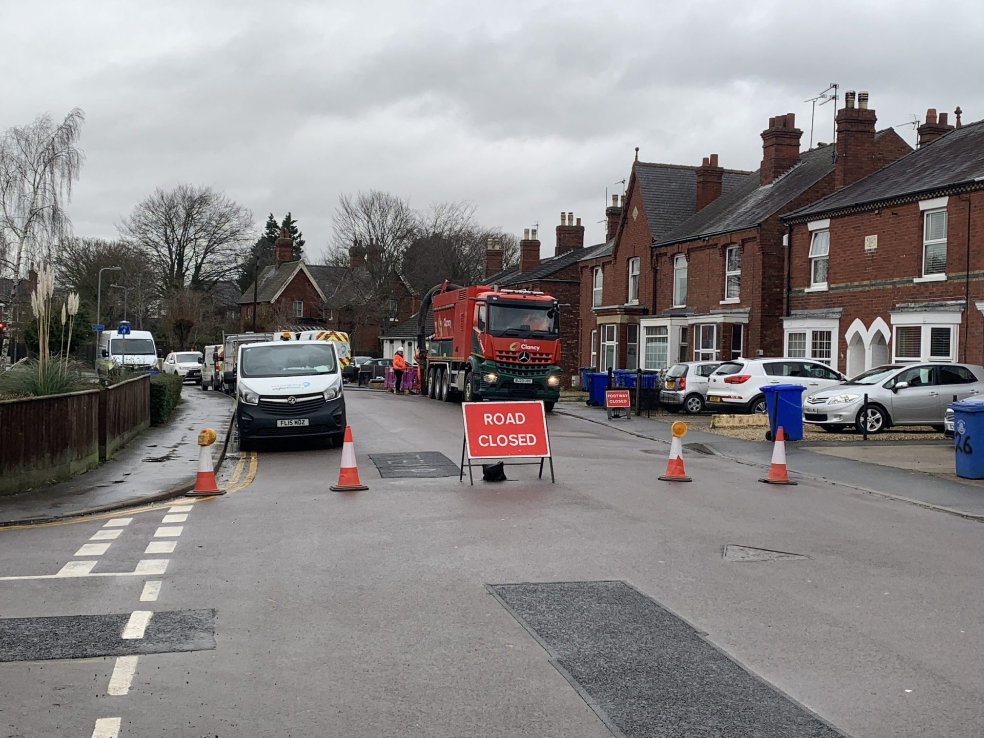 Burst Water Main causes water disruption to residents