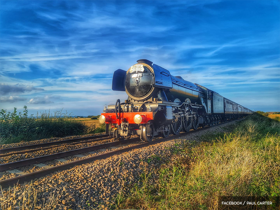 PICTURE SPECIAL: Flying Scotsman passes through Boston